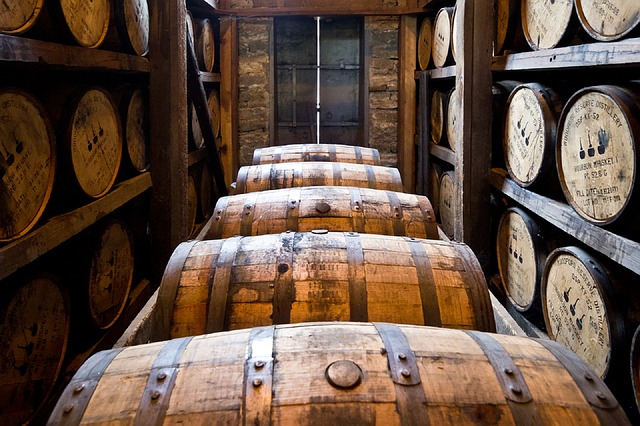 Idée Cadeau Whisky Top 20 Idées Cadeaux pour Amateur de Whisky   2020   CadeauZapp